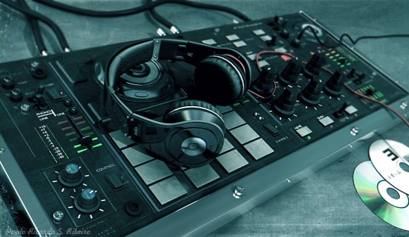 Beats headphone + DJ mixer images