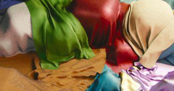 Create procedural fabric materials in Blender